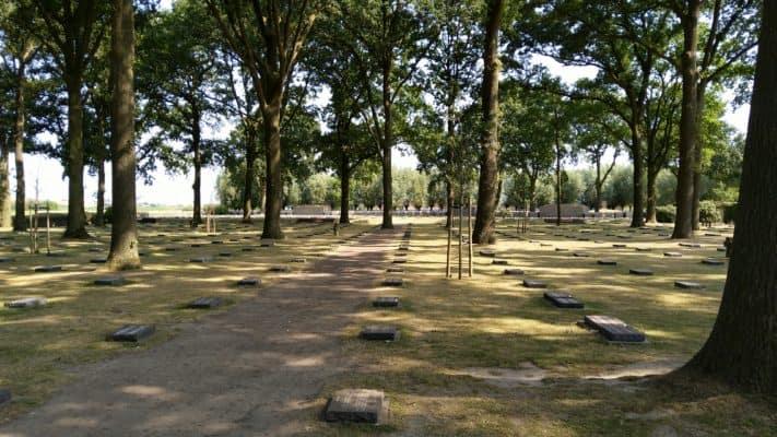 Duite begraafplaats, Langemark